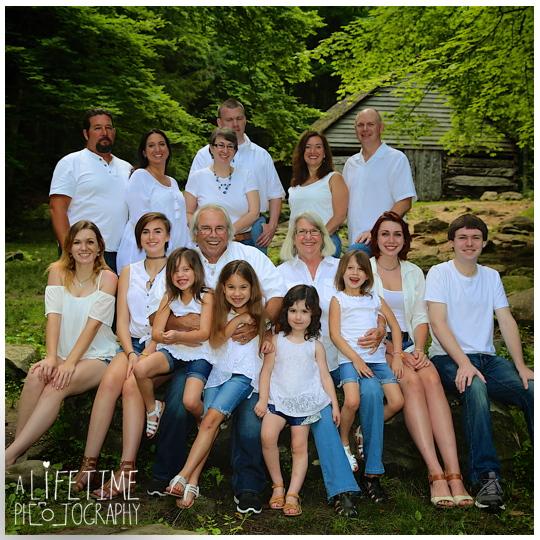 Family-Photographer-Smoky-Mountains-National-Park-Pigeon-Forge-Gatlinburg-TN-Sevierville-Seymour-Knoxville-Townsend-2