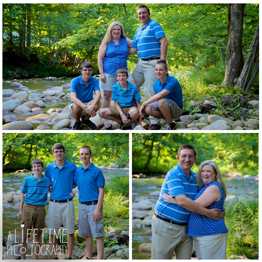 Family-Photographer-in-Gatlinburg-Pigeon-Forge-Sevierville-TN-Emerts-Cove-Covered-Bridge-Vacation-Photos-Smoky-Mountains-9