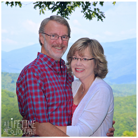 Family-Photographer-in-Gatlinburg-Pigeon-Forge-Smoky-Mountains-Sevierville-Knoxville-TN-2