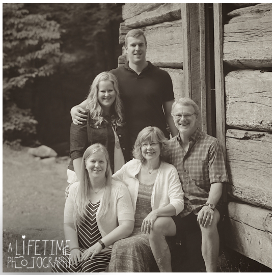 Family-Photographer-in-Gatlinburg-Pigeon-Forge-Smoky-Mountains-Sevierville-Knoxville-TN-6