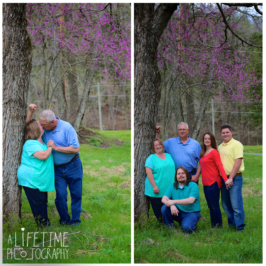 Family-Photographer-in-the-Gatlinburg-Pigeon-Forge-Smoky-Mountains-Emerts-Cove-Covered-Bridge-Sevierville-Pittman-Center-Knoxville-Seymour-11