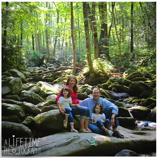 Family-Photographer-in-the-Great-Smokies-National-Park-Gatlinburg-Knoxville-TN-Pigeon-Forge-Townsend-Seymour-Wears-Valley-11