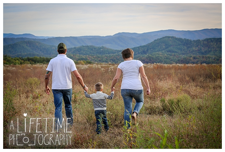 family-photographer-maternity-knoxville-sevierville-pigeon-forge-dandridge-gatlinburg-seymour-smoky-mountains-old-mill-patriot-park_0122