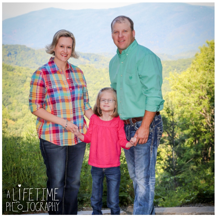family-photos-motor-nature-trail-gatlinburg-smoky-mountains-pigeon-forge-knoxville-sevierville-townsend-dandridge-seymour-2