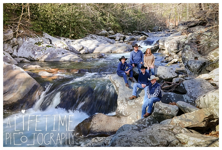Family The Sinks Photographer Gatlinburg-Pigeon-Forge-Knoxville-Sevierville-Dandridge-Seymour-Smoky-Mountains-Townsend-Photos-Greenbriar Session-Professional-Maryville_0283