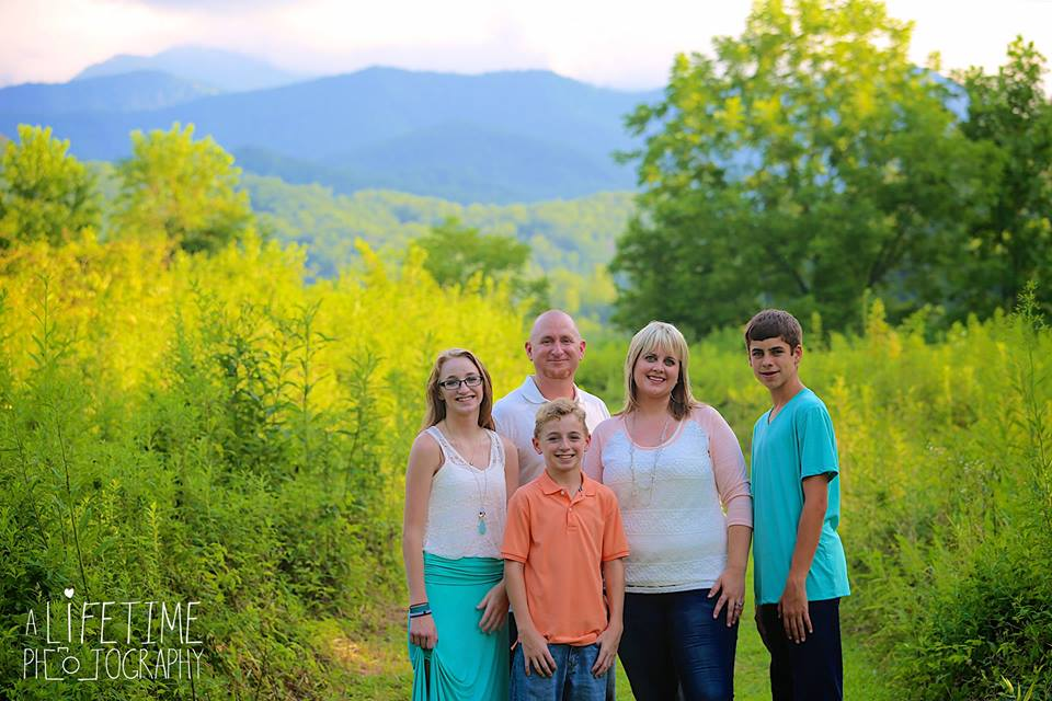 Family photos taken in the Smoky Mountains