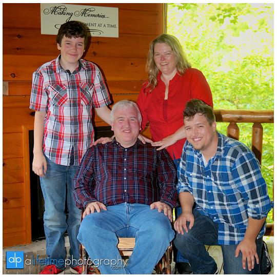 Family pictures at their cabin in Gatlinburg TN Misty mountains photographer Pigeon Forge photography-10
