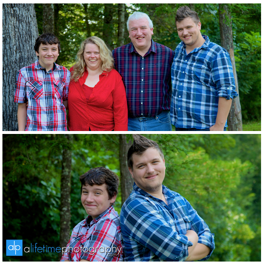 Family pictures at their cabin in Gatlinburg TN Misty mountains photographer Pigeon Forge photography-4