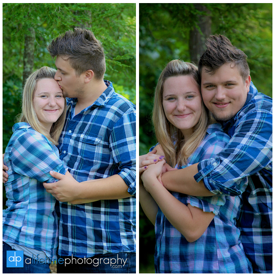 Family pictures at their cabin in Gatlinburg TN Misty mountains photographer Pigeon Forge photography-6