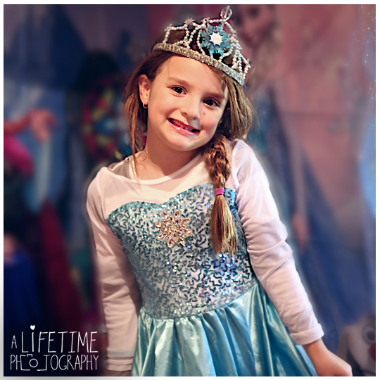 Frozen theme kids birthday party Knoxville Tn photographer-5