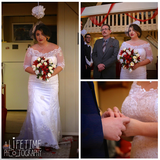 Gatlinburg-Cabin-wedding-photographer-family-Smoky-Mountain-ceremony-Pigeon-Forge-Knoxville-Seymour-Sevierville-Townsend-5