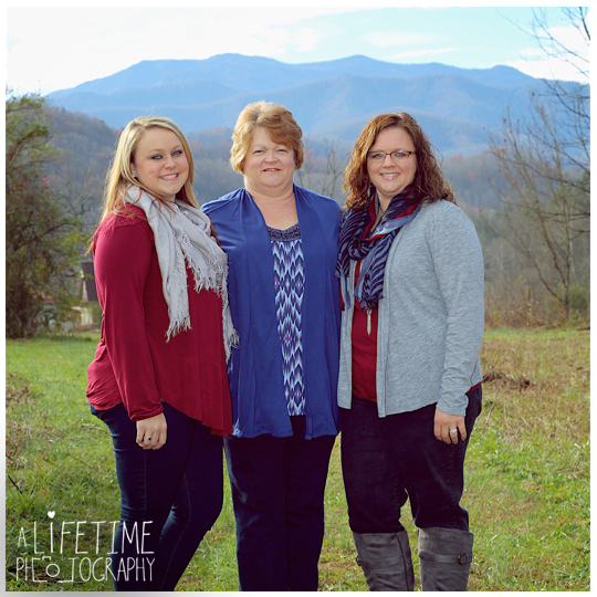 Gatlinburg-Family-Photographer-Pigeon-Forge-Smoky-Mountains-Pictures-Photo-shoot-Session-3