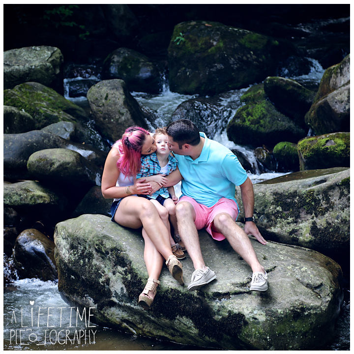 Gatlinburg-Marriage-proposal-secret-photographer-Space-Needle-Mynatt-Park-Pigeon-Forge-Knoxville-Smoky-Mountains-Sevierville-Dandridge-10