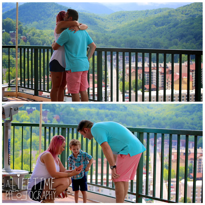Gatlinburg-Marriage-proposal-secret-photographer-Space-Needle-Mynatt-Park-Pigeon-Forge-Knoxville-Smoky-Mountains-Sevierville-Dandridge-6