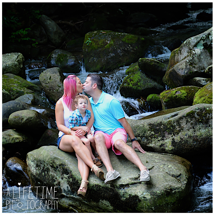 Gatlinburg-Marriage-proposal-secret-photographer-Space-Needle-Mynatt-Park-Pigeon-Forge-Knoxville-Smoky-Mountains-Sevierville-Dandridge-9