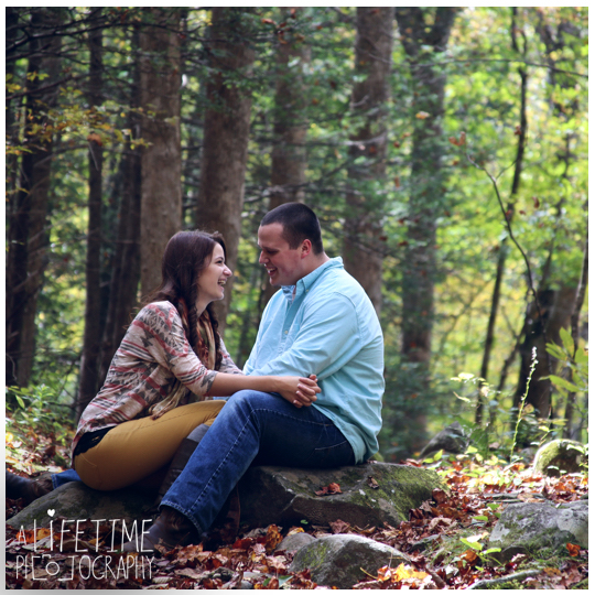 Gatlinburg-Sky-Lift-Marriage-proposal-engagement-Photographer-Pigeon-Forge-Smoky Mountains-13
