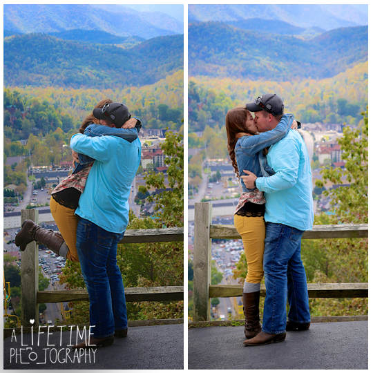Gatlinburg-Sky-Lift-Marriage-proposal-engagement-Photographer-Pigeon-Forge-Smoky Mountains-4