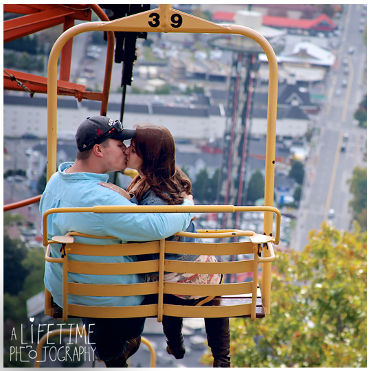 Gatlinburg-Sky-Lift-Marriage-proposal-engagement-Photographer-Pigeon-Forge-Smoky Mountains-5