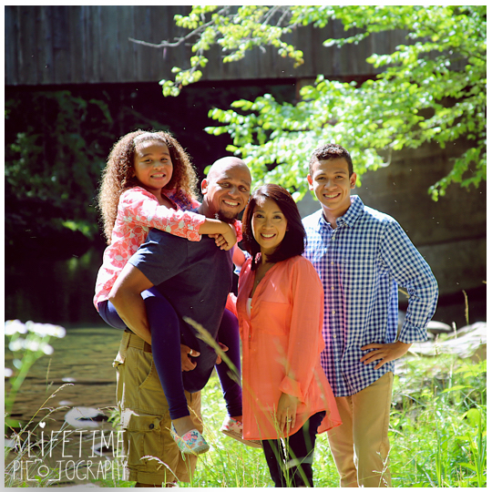 Gatlinburg-Smoky-Mountain-Family-Photographer-photo-session-Emerts-Cove-Pigeon-Forge-Knoxville-TN-6