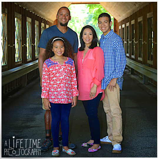 Gatlinburg-Smoky-Mountain-Family-Photographer-photo-session-Emerts-Cove-Pigeon-Forge-Knoxville-TN-8