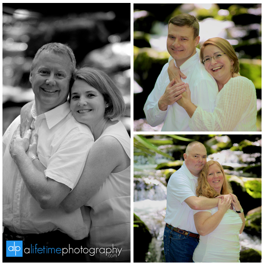 Gatlinburg-TN-Family-Photographer-Smoky-Mountain-Photography-Sevierville-Pigeon-Forge-Townsend-Cabin-Mountain-view-Reunion-Roaring-Fork-Motor-Nature-Trail-large-families-Pictures-Session-9