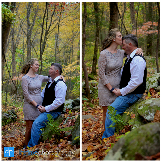 Gatlinburg-Wedding-Photographer-Pigeon-Forge-TN_Ogle-Place-Fall-Bride-Groom-cabin-Sevierville-Newport-Cosby-Wears-Valley-Townsend-Couple-Anniversary-14
