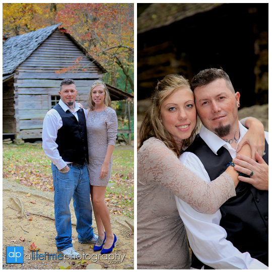 Gatlinburg-Wedding-Photographer-Pigeon-Forge-TN_Ogle-Place-Fall-Bride-Groom-cabin-Sevierville-Newport-Cosby-Wears-Valley-Townsend-Couple-Anniversary-2