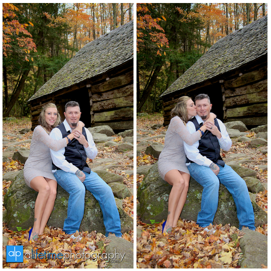 Gatlinburg-Wedding-Photographer-Pigeon-Forge-TN_Ogle-Place-Fall-Bride-Groom-cabin-Sevierville-Newport-Cosby-Wears-Valley-Townsend-Couple-Anniversary-3