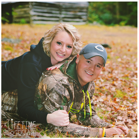 Gatlinburg-engagement-photographer-couple-dog-pet-Smoky-Mountains-Pigeon-Forge-Fall-Autumn-12