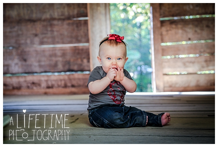 gatlinburg-photographer-pigeon-forge-family-wedding-kids-senior-sevierville-roaring-fork-motor-nature-trail-smoky-mountains-knoxville-townsend-wears-valley-seymour_0013