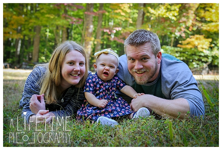 gatlinburg-photographer-pigeon-forge-family-wedding-kids-senior-sevierville-roaring-fork-motor-nature-trail-smoky-mountains-knoxville-townsend-wears-valley-seymour_0014