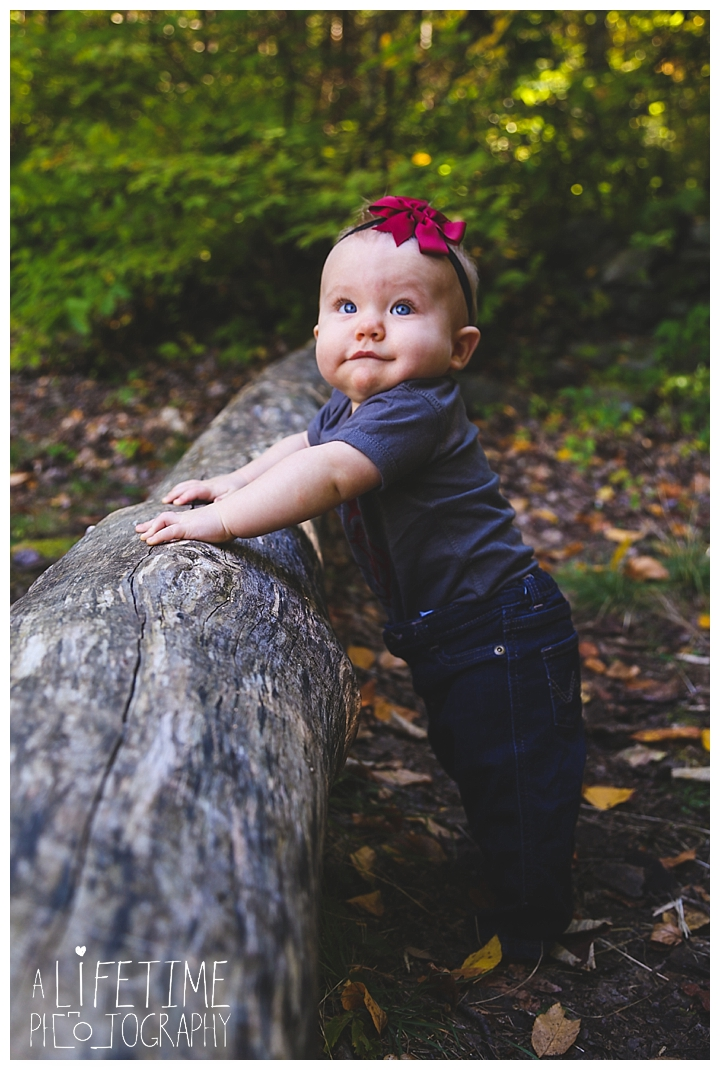 gatlinburg-photographer-pigeon-forge-family-wedding-kids-senior-sevierville-roaring-fork-motor-nature-trail-smoky-mountains-knoxville-townsend-wears-valley-seymour_0015