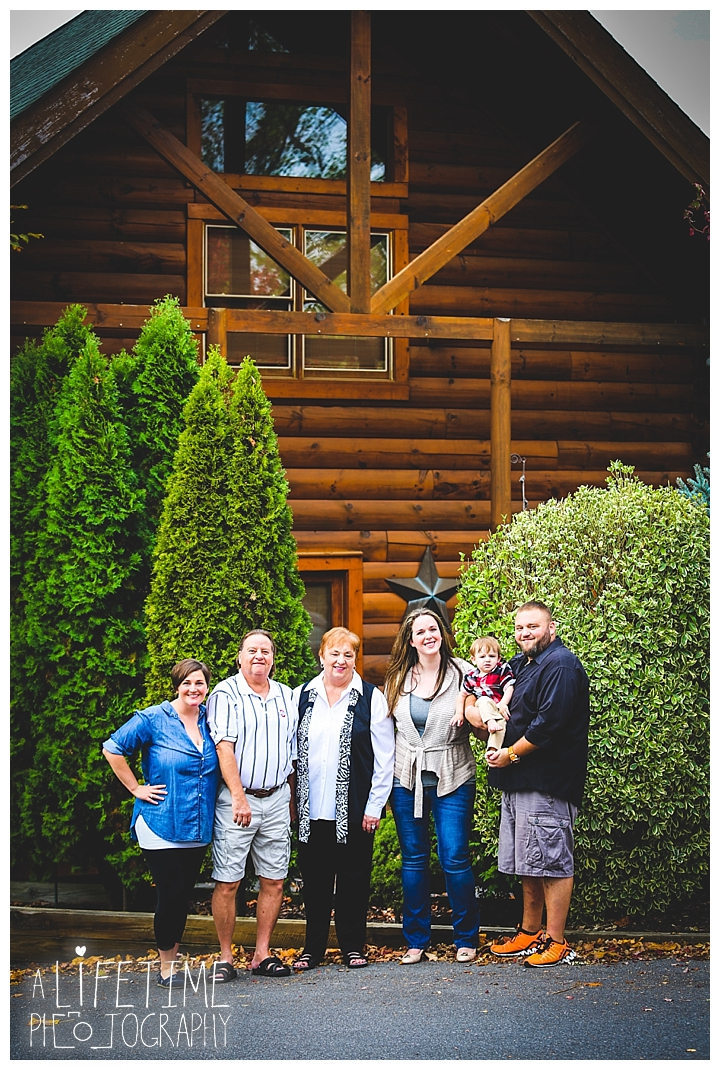 gatlinburg-photographer-pigeon-forge-family-wedding-kids-senior-sevierville-cabin-fever-smoky-mountains-knoxville-townsend-wears-valley-seymour_0039