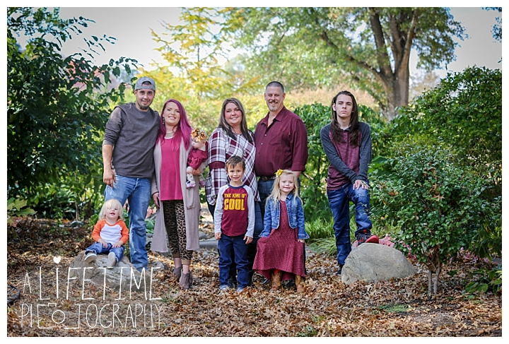 gatlinburg-photographer-pigeon-forge-family-wedding-kids-senior-sevierville-cabin-fever-smoky-mountains-knoxville-townsend-wears-valley-seymour_0057
