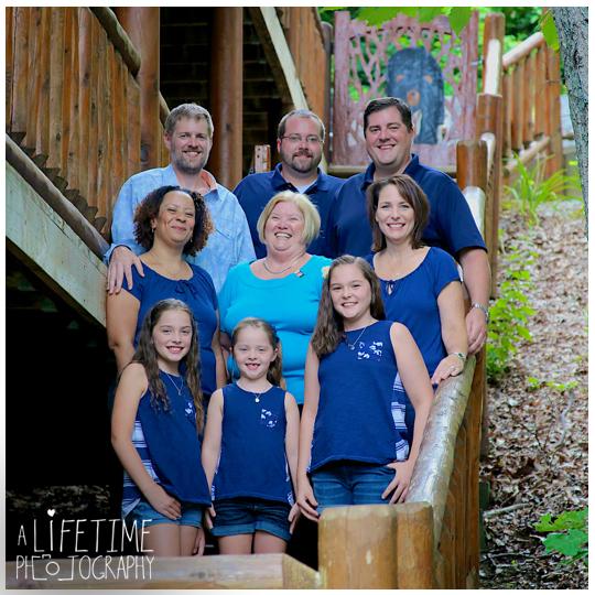Heaven-Bound-Cabin-Gatlinburg-TN-Family-Photographer-Birthday-photo-shoot-session-Ariel-tram-Pigeon-Forge-Sevierville-Smoky-Mountains-11