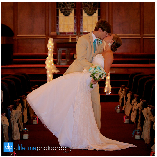 Johnson-City-Kingsport-Bristol-Wedding-Photographer-couple-marriage-photography-sinking-creek-baptist-church-Tri-Cities-Knoxville-Gatlinburg-Pigeon-Forge-pictures-bridemaids-groomsmen-bride-bridal-14