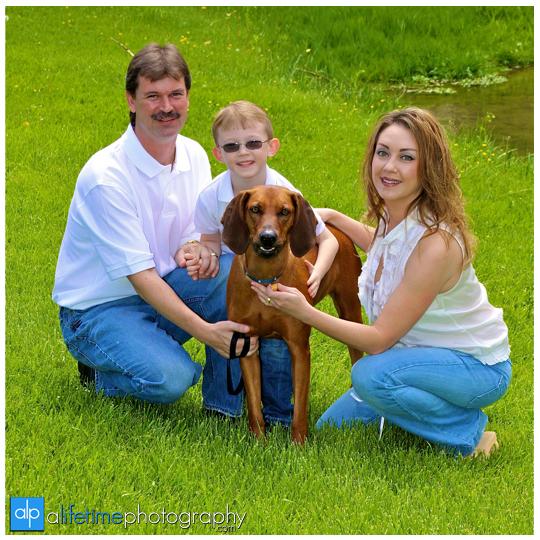 Johnson_City_TN_Family_Photographer_Jonesborough_TN_Tri_Cities_Kids_pet_dog_Photography_Pics_Pictures