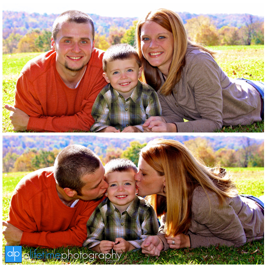 Johnson City TN Tennessee Tri Cities area Jonesborough Kingsport Bristol East VA Parks Family Families kids Children child fall autumn photography photographer portraits mini session on location pictures