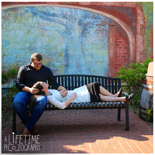 Jonesborough-Johnson-City-Kingsport-Bristol-Greeneville-Engagement-Wedding-Photographer-10