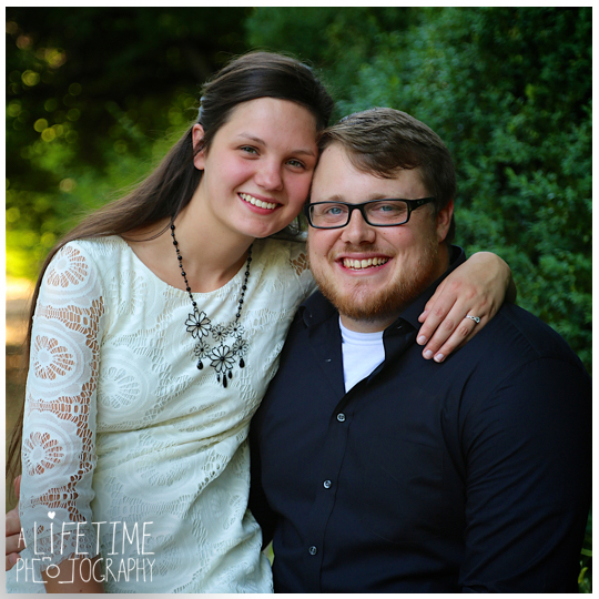 Jonesborough-Johnson-City-Kingsport-Bristol-Greeneville-Engagement-Wedding-Photographer-2