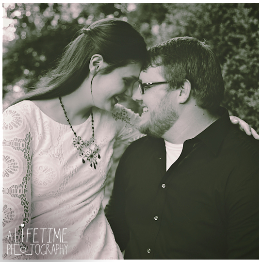 Jonesborough-Johnson-City-Kingsport-Bristol-Greeneville-Engagement-Wedding-Photographer-4