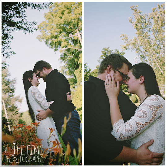 Jonesborough-Johnson-City-Kingsport-Bristol-Greeneville-Engagement-Wedding-Photographer-5