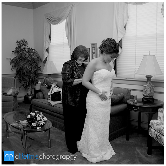 Kingsport-TN-Mafair-Church-Wedding-Photographer-Meadow-View-Convention-Center-Photography-Bristol-Johnson-City-3