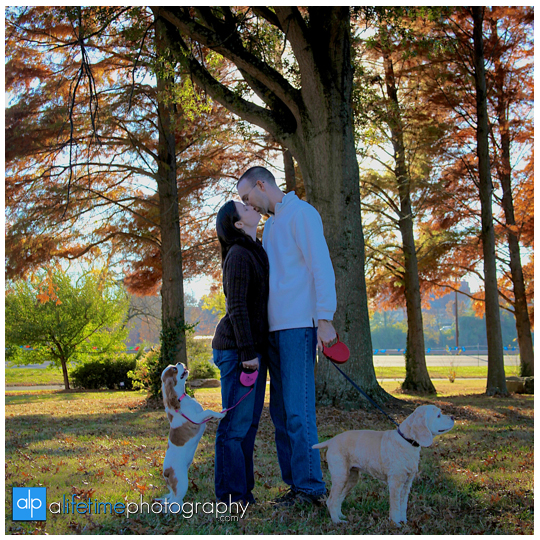 Knoxville-TN-Family-pet-Photographer-UT-Gardens-dogs-family-session-photo-shoot-pictures-13