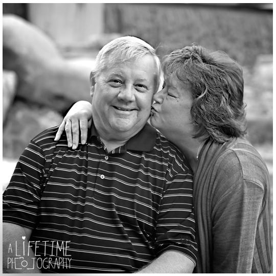 Knoxville Tn Family photographer couple photography UT Gardens Maryville Seymour Powell Clinton Kodak Oak Ridge TN-6