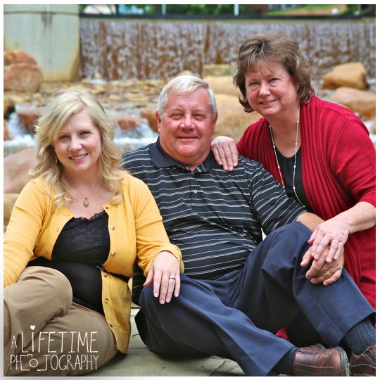 Knoxville Tn Family photographer couple photography UT Gardens Maryville Seymour Powell Clinton Kodak Oak Ridge TN-8