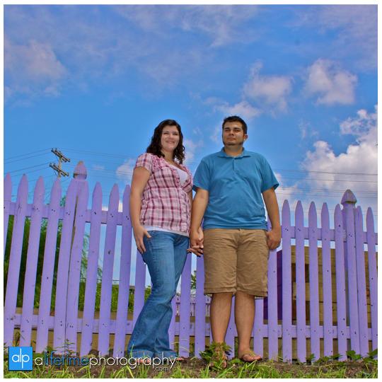 Knoxville_TN_UT_Gardens_Engagement_Photographer1