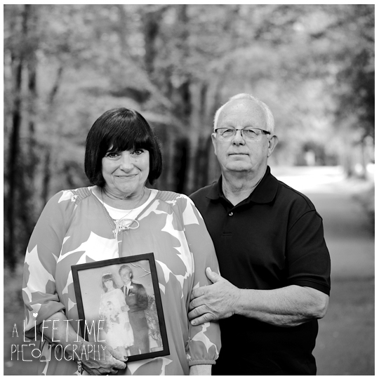 Large-Family-Reunion-Photographer-Gatlinburg-Smoky-Mountains-Pigeon-Forge-Knoxville-TN-8