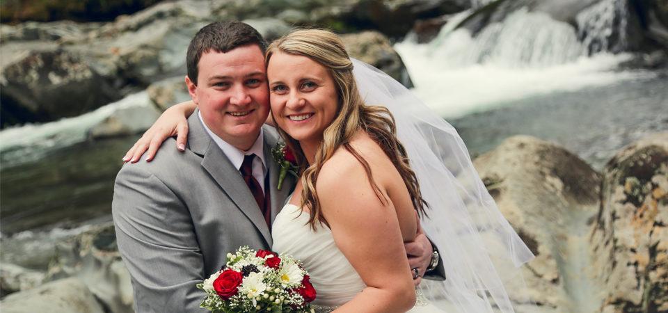 Garrett Allie Little Log Wedding Chapel Gatlinburg Tn
