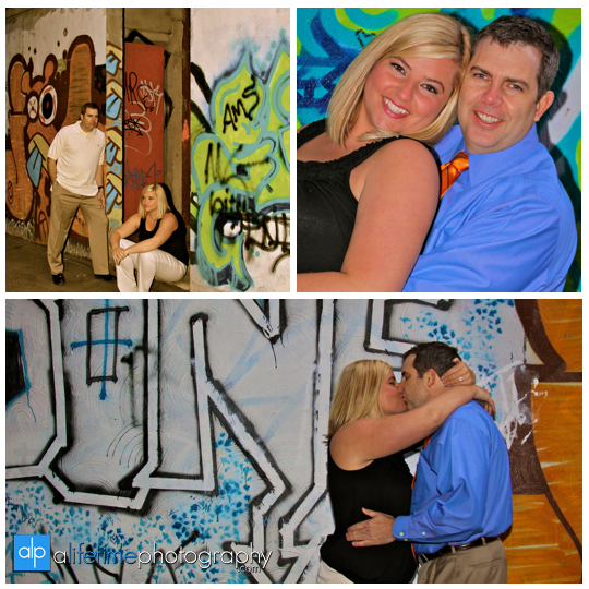 Market_Square_alley_Downtown_Knoxville_Enaged_Engagement_Session_Couple_Photographer_Photography_ideas-Grafatti_fun_modern_unique